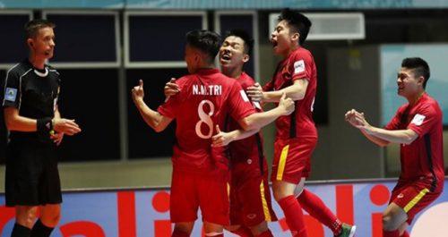 thanh-cong-cua-doi-tuyen-futsal-viet-nam-trong-vck-world-cup-2016-2