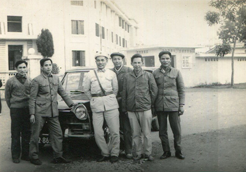 trang-phuc-thoi-bao-cap-4